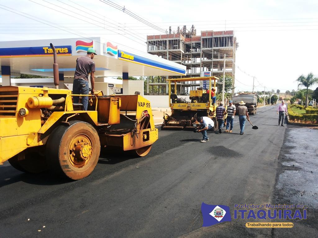 Começam as obras de recapeamento de ruas e avenidas de itaquiraí lançadas pelo governador reinaldo e prefeito ricardo fávaro